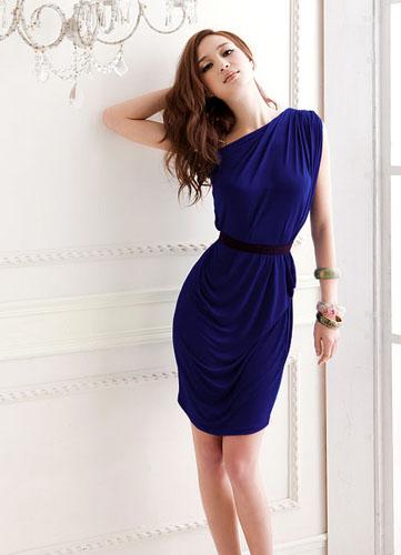 Фото платье синее на одно плечо