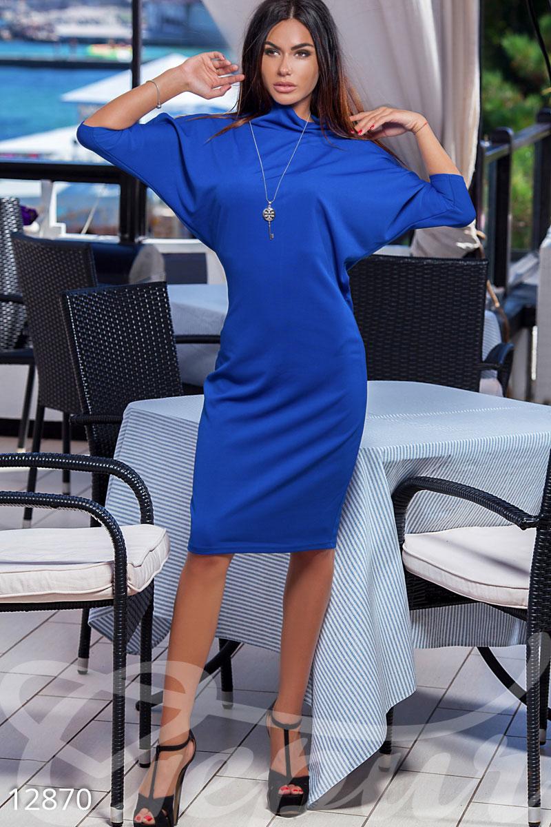 Стильное платье летучая мышь