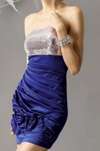 Платье (размер M)