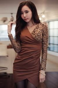 '.Платье коричневое .'