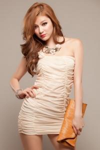 Платье абрикосовое