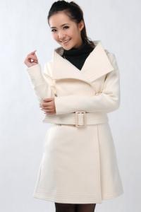 '.Пальто белый рис (размер XL) .'