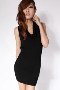'.Маленькое черное платье .'