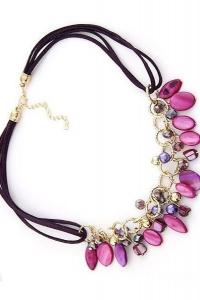 '.Яркое красивое ожерелье .'