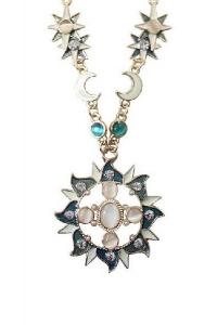 '.Ожерелье в виде солнца .'