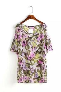 Цветочная блузка с открытыми плечами