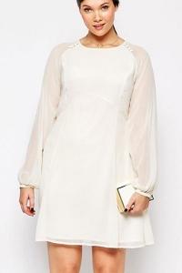 '.Белое нарядное платье .'