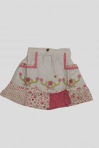 '.Юбка белая с цветочным вышивным рисунком (4 года) .'