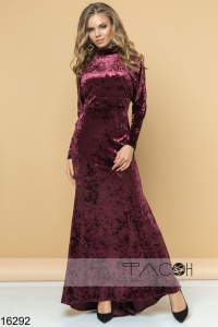 '.Вечернее платье с открытой спиной .'