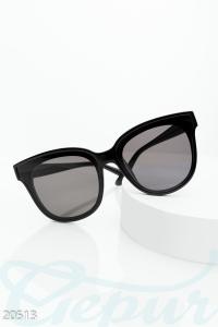 '.Классические солнцезащитные очки .'