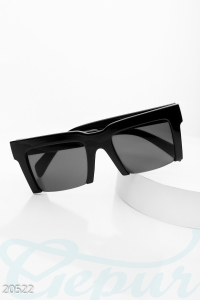 '.Квадратные солнцезащитные очки .'