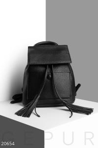 '.Мини рюкзак с кисточками .'