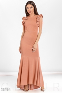 '.Восхитительное платье-годе .'