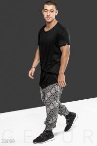 Спортивные брюки с орнаментом