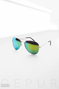 '.Солнцезащитные очки-авиаторы .'