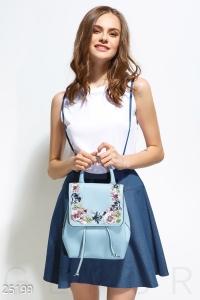 '.Городской рюкзак с вышивкой .'