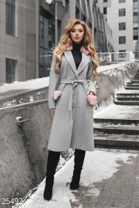 '.Стильное демисезонное пальто .'