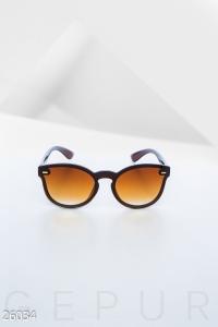 '.Женские очки wayfarer .'