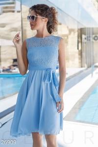 Романтичное коктейльное платье